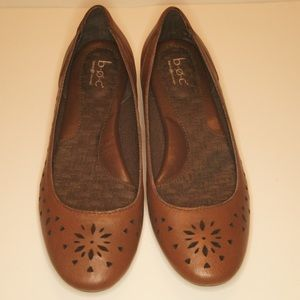 b.o.c. Born Concept brown leather flats, NWOB